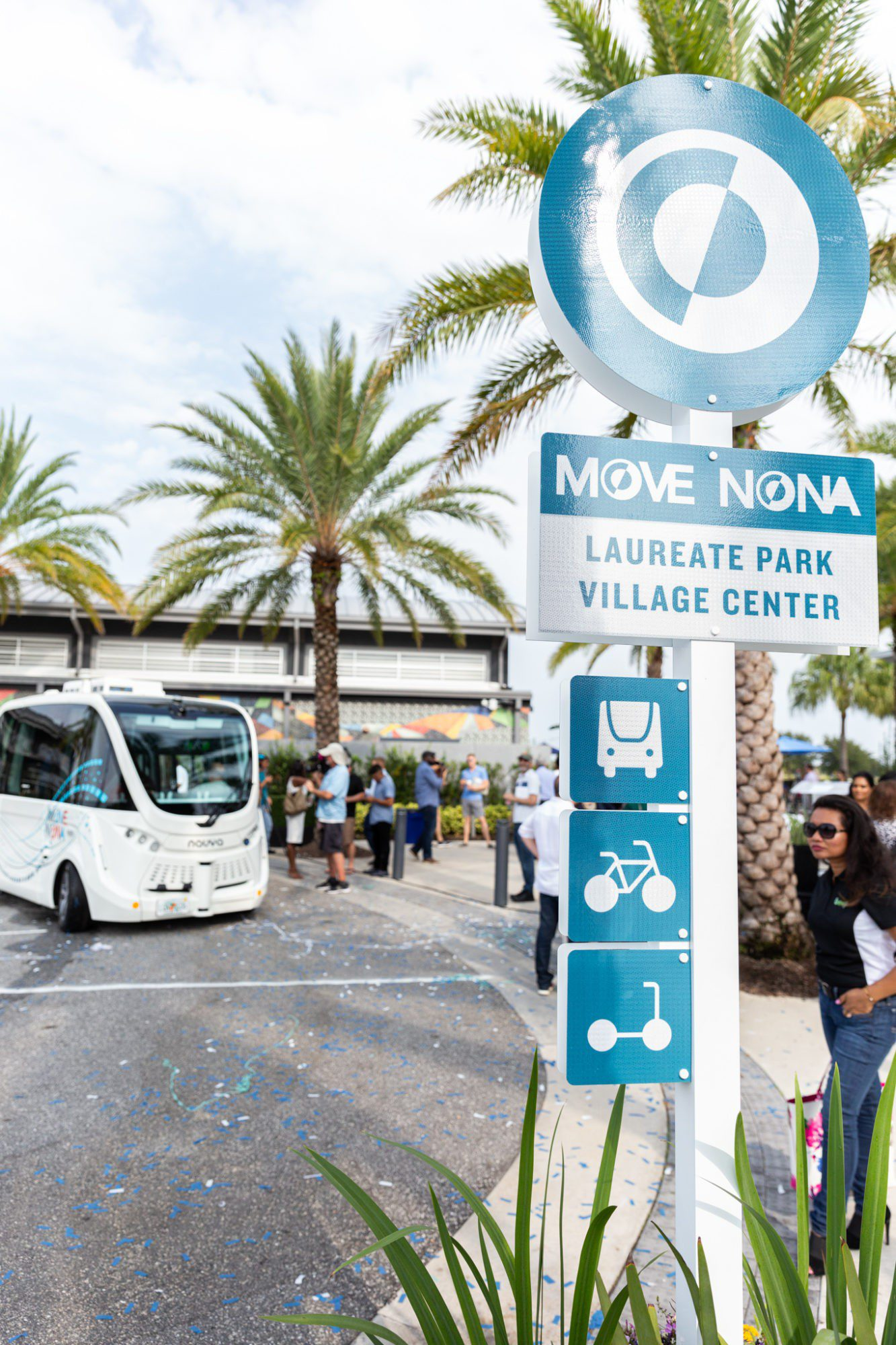 Autonomous Vehicles: Move Nona 5